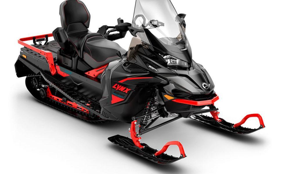 Moottorikelkka Lynx 69 Ranger SnowCruiser, vuosimalli 2021, väri Viper Red, Grey, Black