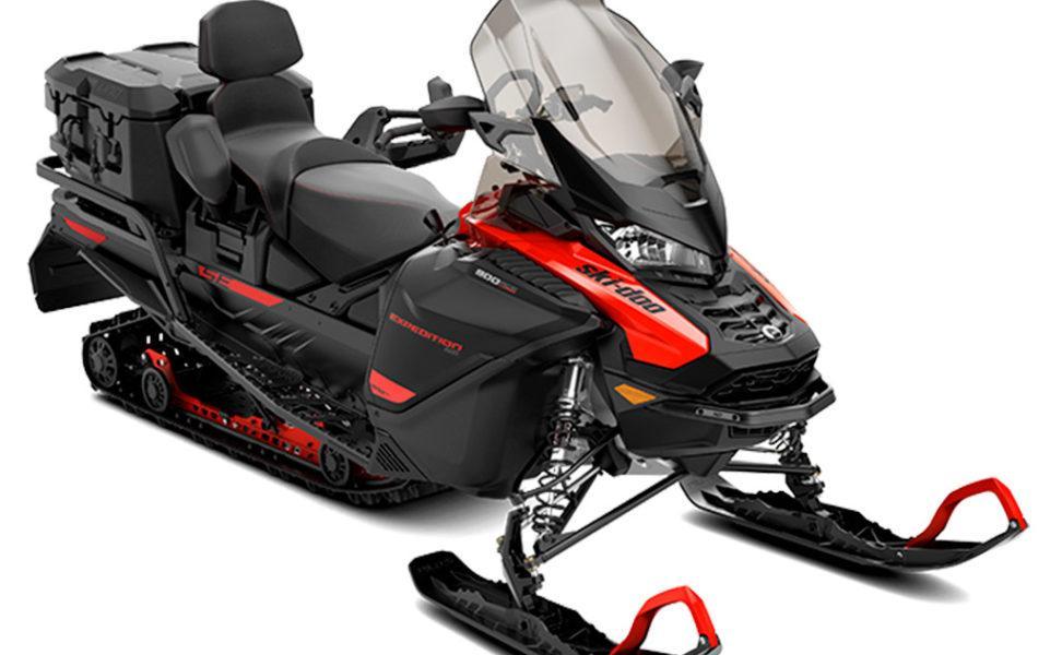 Turbo hyötykelkka Ski-Doo Expedition SE vuosimalli 2021, väri Can-Am Red ja Black
